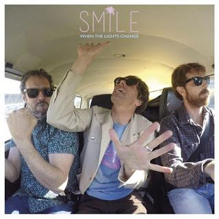 "Escucha ""When the Lights Change"" single adelanto de ""Happy Accidents"" nuevo disco de SMILE"
